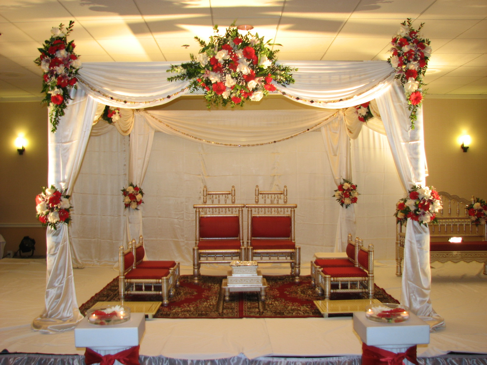 Traditional white and red wedding indian mandap for for Accessories decoration